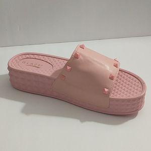 Glaze Pink Studded platform slides